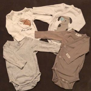 Long sleeve side snap bodysuit set from 1-4 mo